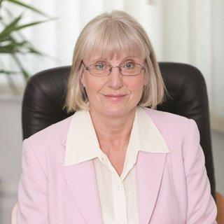 Dr Marilyn Glenville